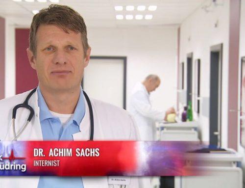 Bei Sat 1 ist Dr. Wallau. – Dr. Sachs